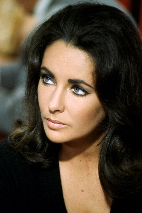 How old is liz taylor