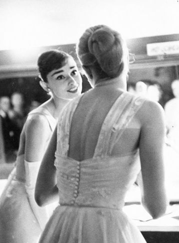 Audrey Hepburn and Grace Kelly 2 - Classic Fashion Icons